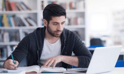 How do you write a reflective essay